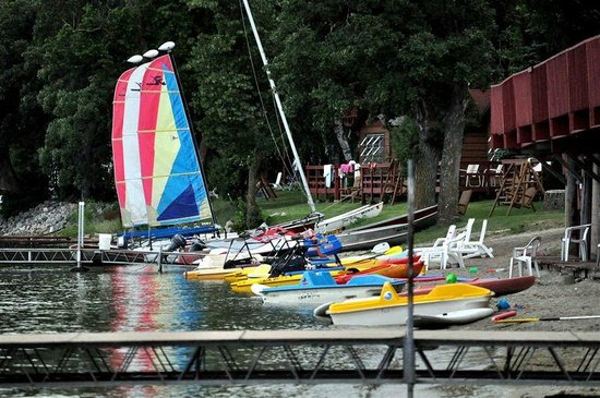 Fair Hills Resort : We have many non motorized boats and water toys for guests to use