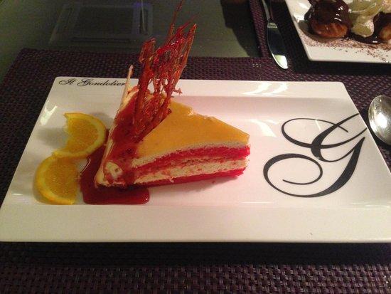 Il Gondoliere - Martinez Campos: postre tarta de casa