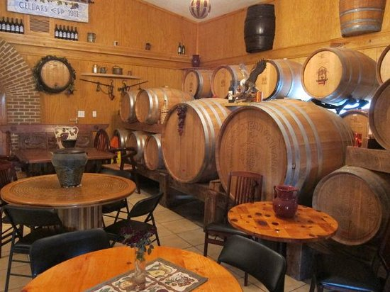 Warrenton, VA: Barrel Room