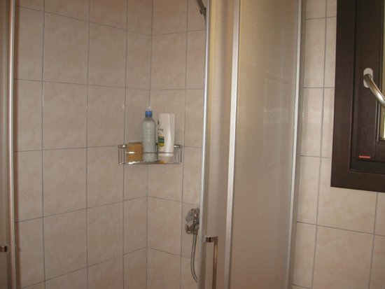 Klimt Guest House: baño