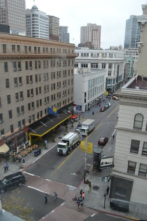 SF Plaza Hotel: Vista da janela