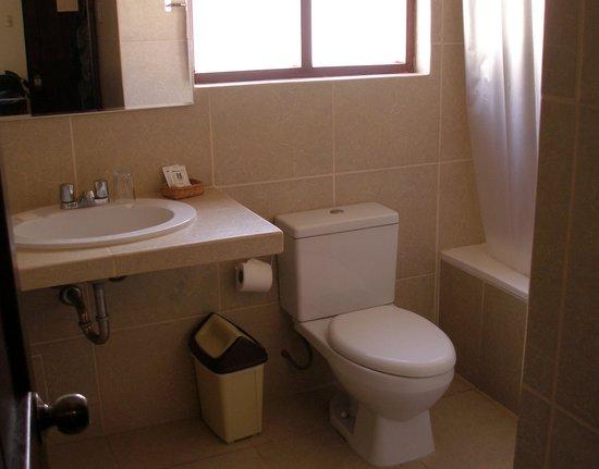 San Agustin Urubamba Hotel : Bathroom