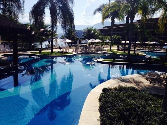 Promenade Angra dos Reis - TEMPORARILY CLOSED: der Blick über den Pool entschädigt für vieles....