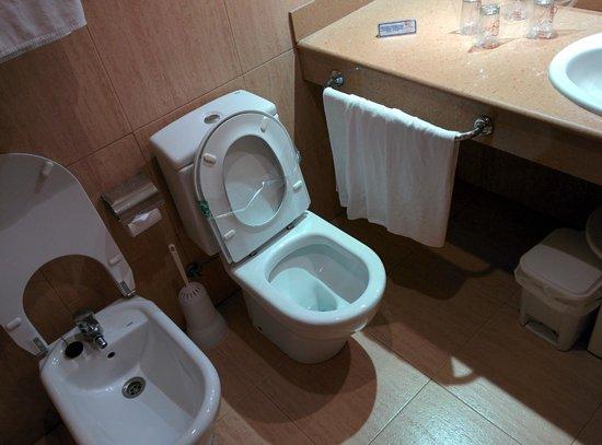 H·TOP Amaika: Bathroom