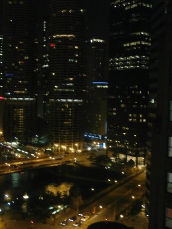 Hard Rock Hotel Chicago: Nighttime view