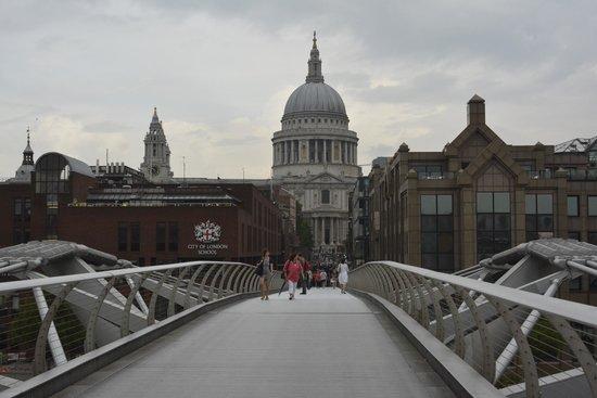 Millennium Bridge : St Paul's from the Bridge