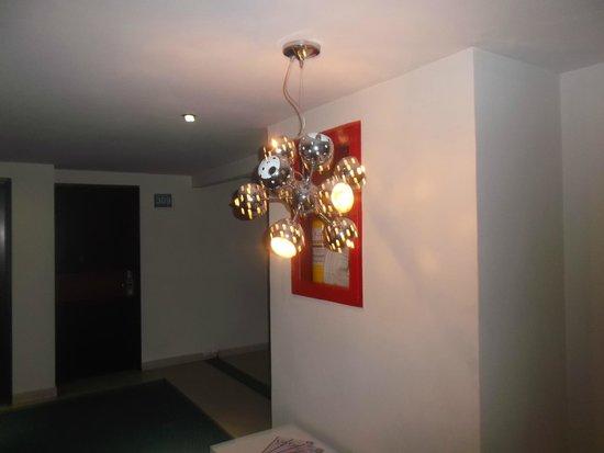 Haus Hotel: HERMOSA LAMPARA