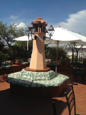 Hotel Diana Roof Garden: Aménagement de la terrasse