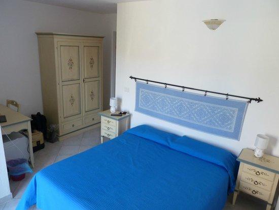 Bed & Breakfast Da Antonella : camera semplice ma carina