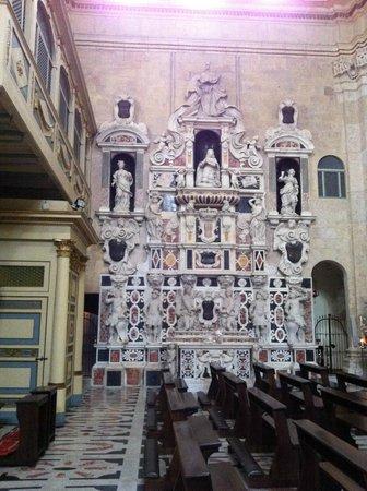 Santa Maria del Fiore: Monumento a Martino d'Aragona nella Cattedrale di Cagliari