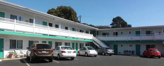 "Morro Bay Sandpiper Inn: The motel -- lots of ""seaside"" colors."