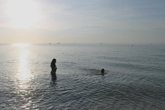 Lago Mar Resort and Club : Early morning swim