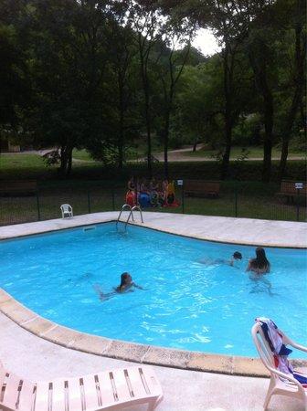 Camping et chalets du golf la canourgue 0 for Camping lozere piscine