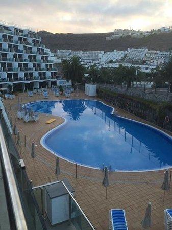 Revoli Aparthotel: pool