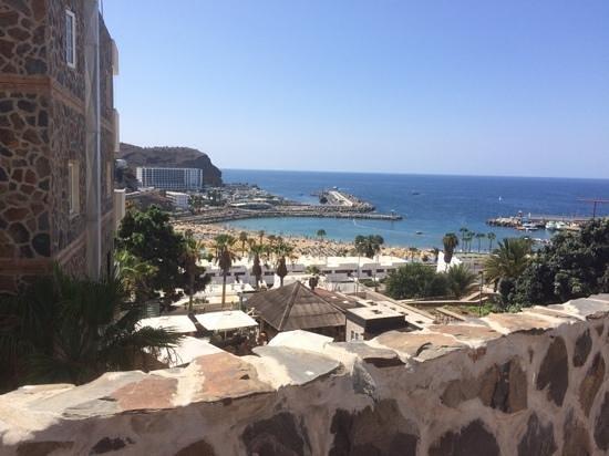 Revoli Aparthotel: view of puerto rico beach