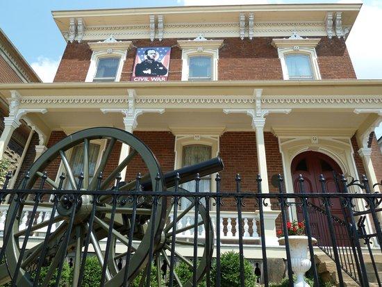 Sherman House Museum: Sherman House