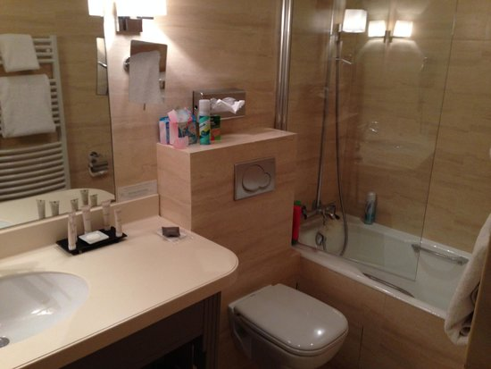 Hotel Residence Foch : Excellent bathroom