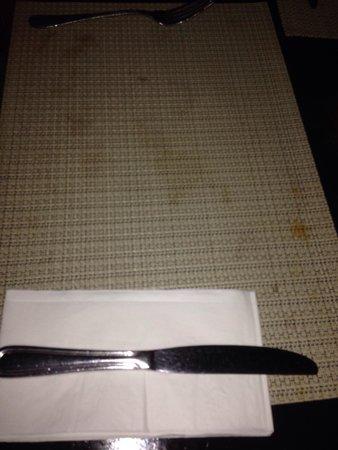 Club Med Punta Cana : Table dressée avant le repas, vous n'avez plus qu'à poser votre assiette au club med de punta ca