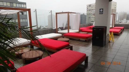 Radisson Hotel Decapolis Miraflores: top floor . toit