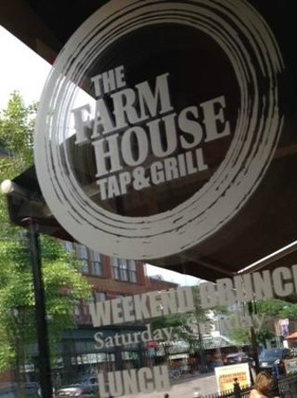 The Farmhouse Tap & Grill : Farm to Fork!