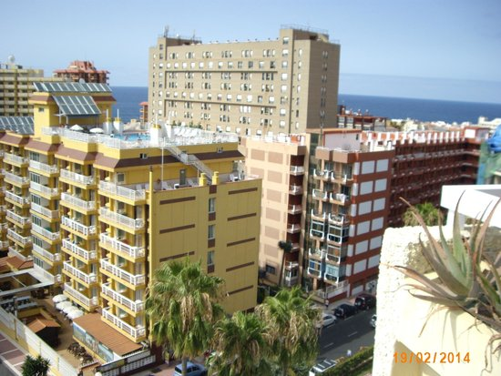 Be Live Adults Only Tenerife : vistas desde la 506
