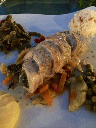 Chicken stuffed with spinach picture of seten anatolian for Anatolian cuisine