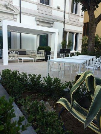 Hotel Montecatini Palace: Giardino ! Tranquillissimo !