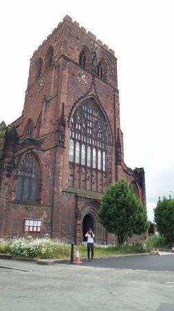 Shrewsbury Abbey: Fachada da frente 2