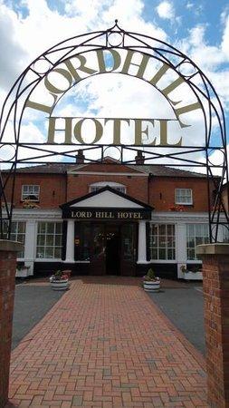 Lord Hill Hotel: Frente do hotel