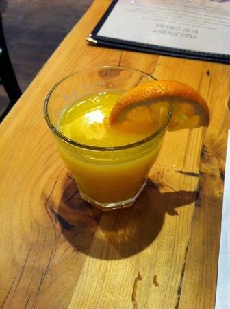 Sel Gras Restaurant: Jus d'orange du brunch. (Il est servi plein)
