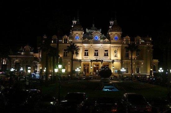 Casino Square : ночью
