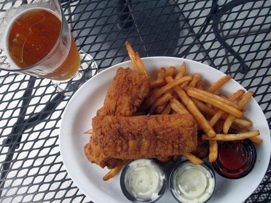 Willard Restaurant: cod platter