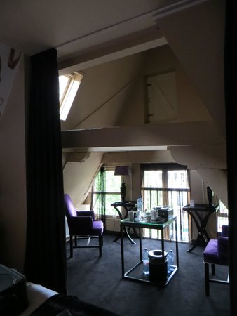 Hotel Sebastian's: loft area, room 229