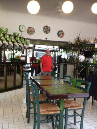 The Green Cafe: Inside of Green Cafe