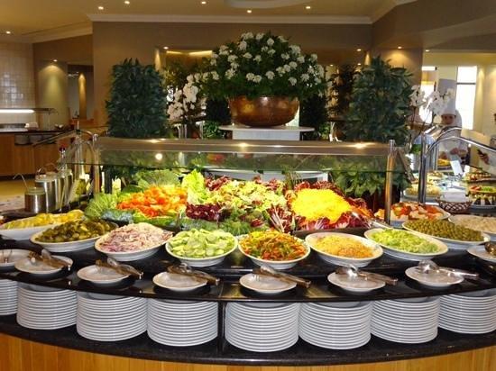 Suite Hotel Eden Mar: het buffet