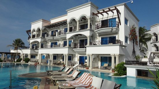 Ocean front suites - Picture of Hilton Playa del Carmen, an