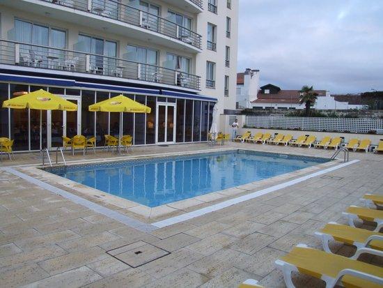 Vila Nova Hotel: pool area