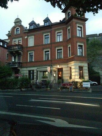 il castello ristorante w rzburg restaurant bewertungen telefonnummer fotos tripadvisor. Black Bedroom Furniture Sets. Home Design Ideas