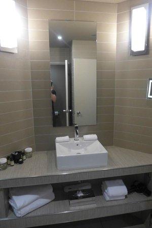 Pullman Toulouse Center: Bathroom