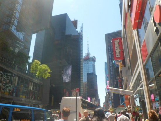 Crowne Plaza Times Square Manhattan: To the right of the hotel