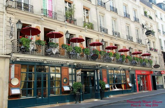Le Procope: Beautiful Outdoor terrace of the Procope ~ Paris May 2014