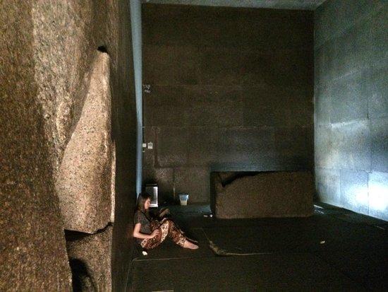 Pyramide de Khéops : intérieur