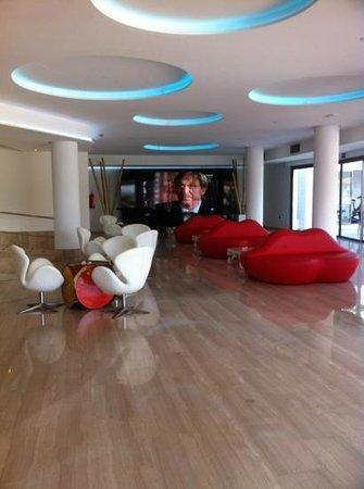 THB Ocean Beach: lounge