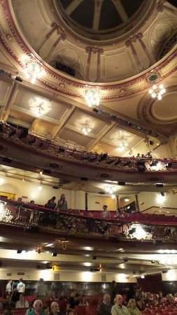 Billy Elliot The Musical : Interior do teatro