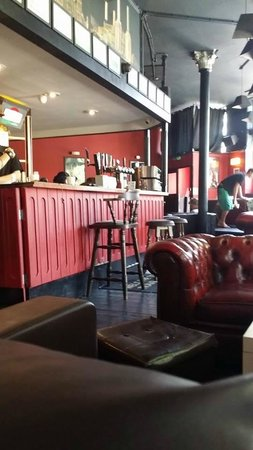 Travel Joy Hostels Chelsea: Bar, Desayuno, Recepción, Living