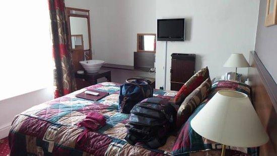 Karden House Hotel: Nosso quarto