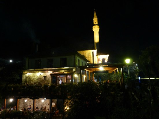 Night view of the terrace of the Hindin Han restaurant overlooking the river