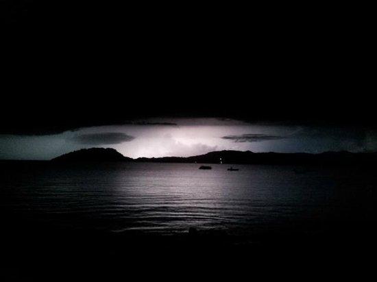 Nosy Komba Plongee : Temporale notturno