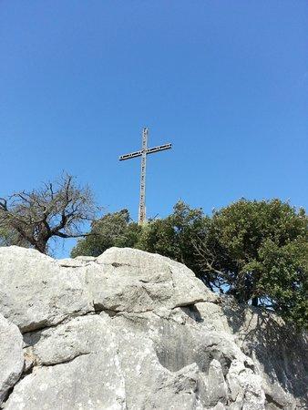 Santuari de Lluc: The cross above the monastery