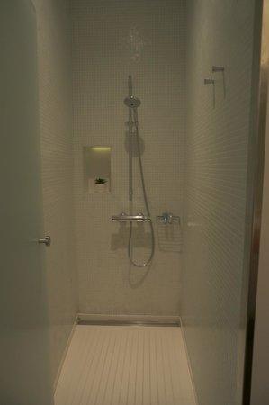 Hotel Porta Fira: Salle de bain